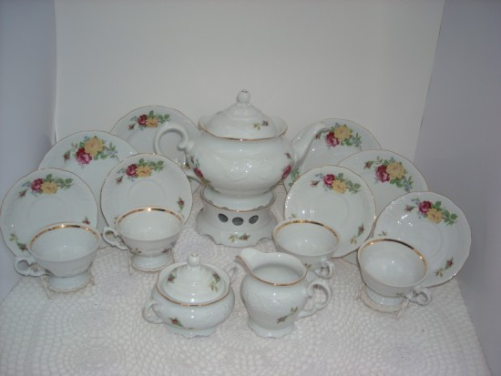 Rose Bouquet Tea Set