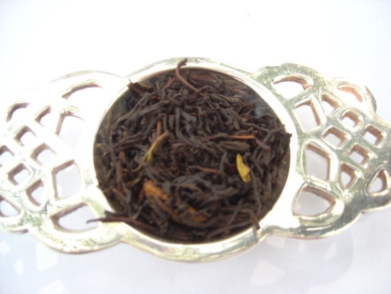 Chocolate Mint - Fresh lively mint combined with full flavored chocolate tea. Reminiscent of an after dinner mint!