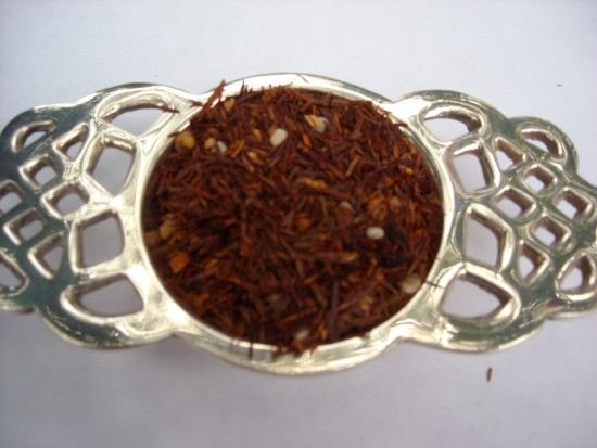 White Chocolate Toffee Rooibos Tea - A decadent blend of rooibos with toffee bits, white chocolate chips and cocoa.  A rich sweet treat and one of Camella's Favorites!