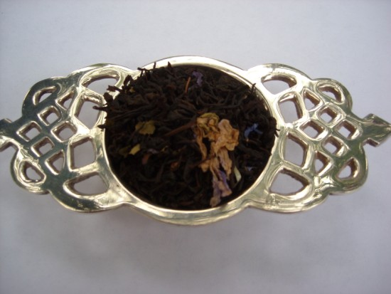 Wild Blackberry Black Tea - Piquant, sweet and berry best describe this lovely black tea.